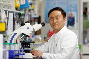IM Sin-Hyeog Explores the Link Between Gut Microbes and the Human Immune System to Treat Immune Disorders