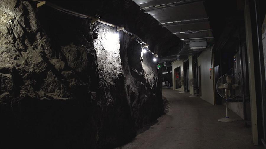 IBS 지하실험 연구단의 암흑물질 탐색설비가 위치한 양양지하실험실(Y2L)의 모습.