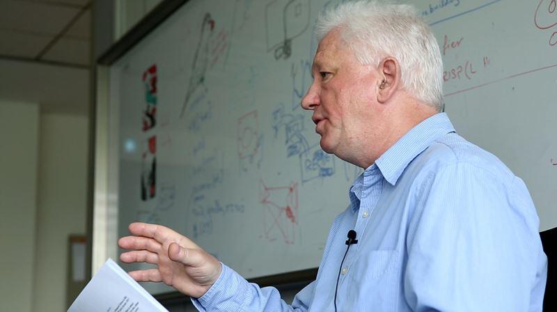 마틀라쇼브 연구위원의 연구인생은 스퀴드로 시작해 현재도 스퀴드다. 그리고 그는 그가 만든 스퀴드 센서로 한국에서 액시온을 탐색하는 것을 연구인생의 최종목표로 삼았다.