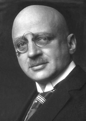 하버-보슈법을 개발한 프리츠 하버(Fritz Haber)와 카를 보슈(Carl Bosch) (출처: Wikipedia)